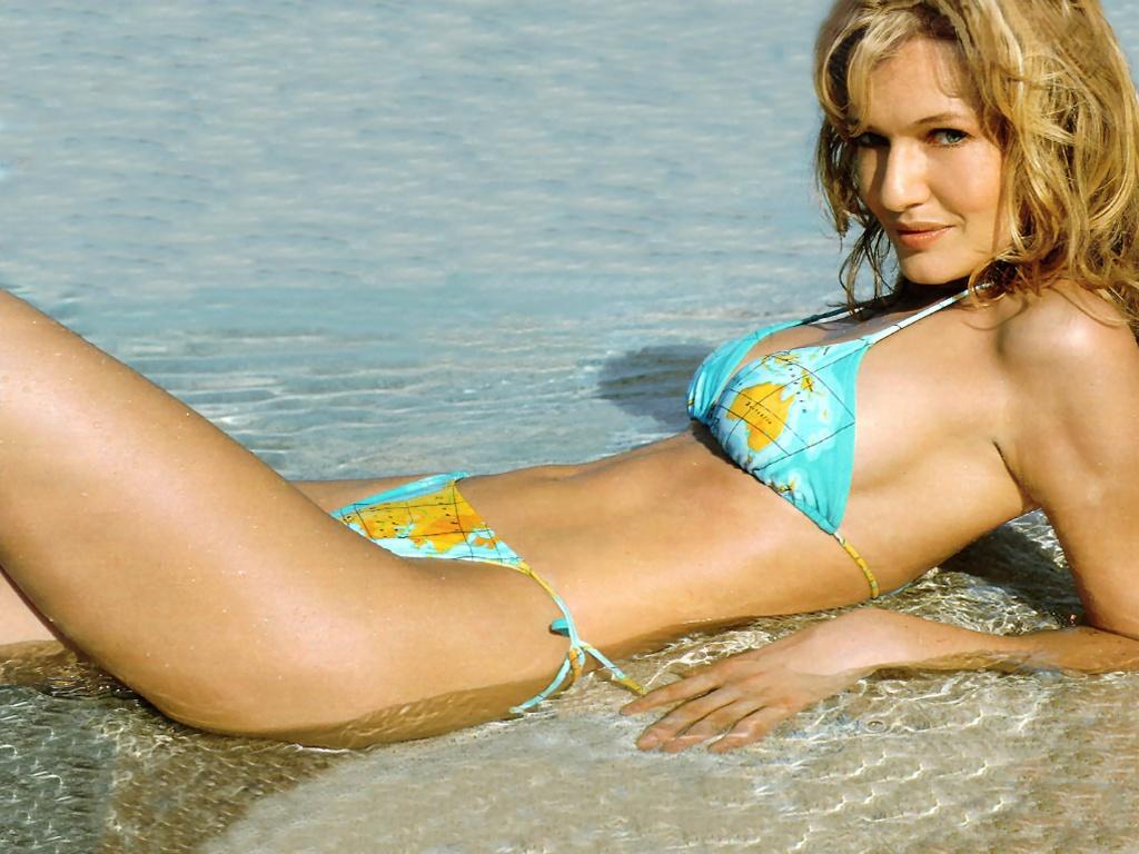 bikini Karen Mulder