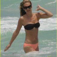 Bikini Molly Sims