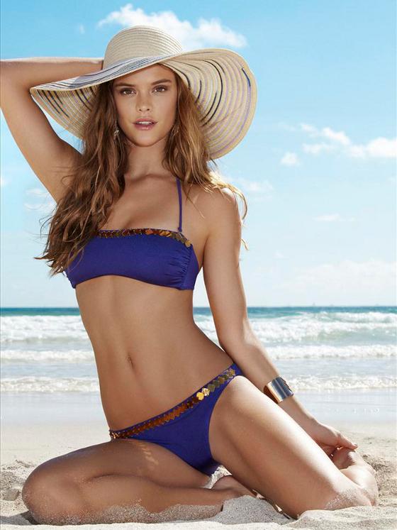 bikini Nina Agdal
