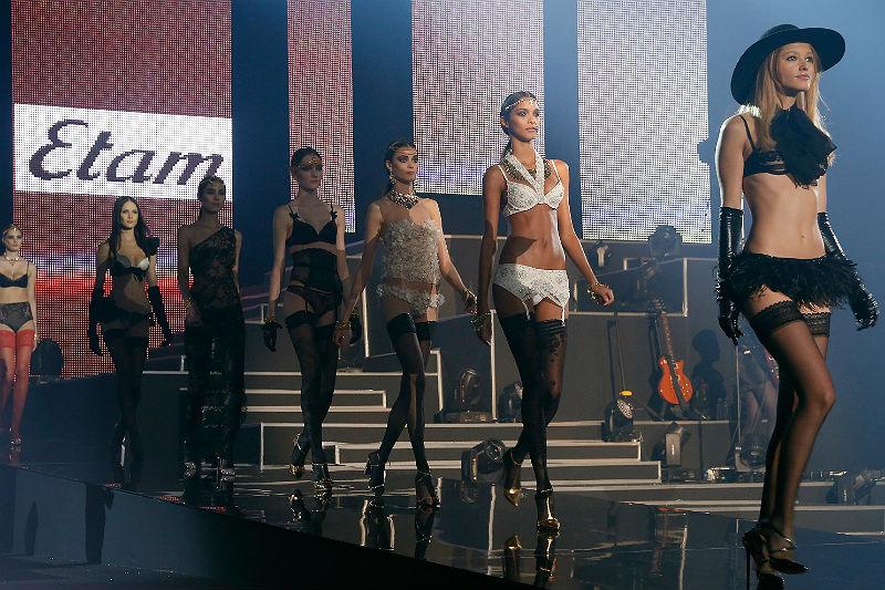 lingerie Etam 2002