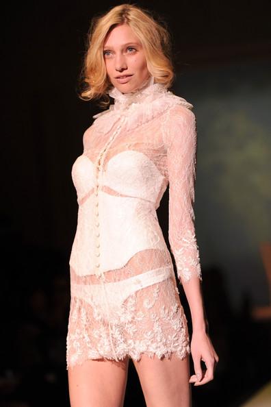 lingerie haute couture