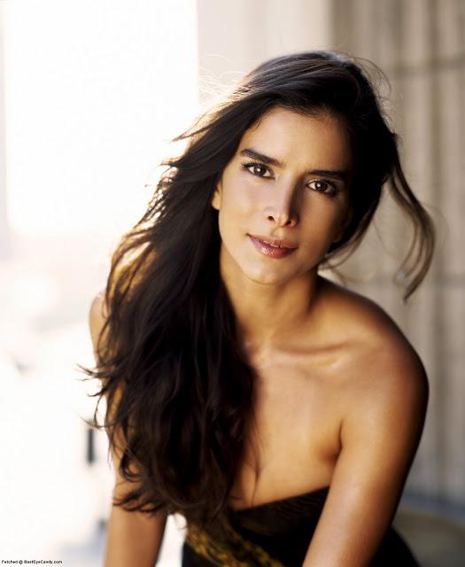 lingerie Patricia Velasquez
