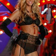 Victoria's secret Erin Heatherton