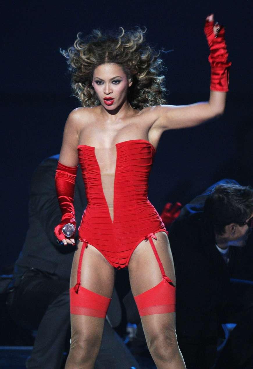 Beyonce Knowles lingerie