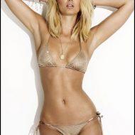 Bikini string super sexy