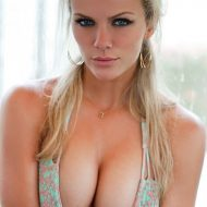 Brooklyn decker sports illustrated