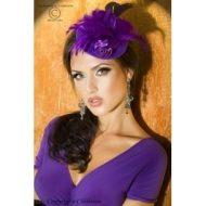 Chapeau violet avec plumes pour coiffure elegante