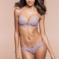 Gracie Carvalho lingerie