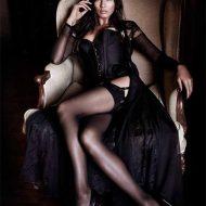 Jessica Gomes lingerie