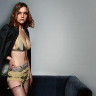Kim Noorda lingerie