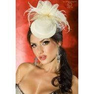 Mini chapeau pour elegante coiffure