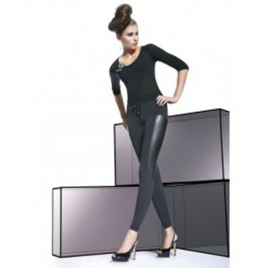 robe fourreau aspect vinyl avec tulle