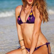 Rosie Huntington-Whitely bikini