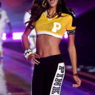Sara sampaio victoria's secret fashion show