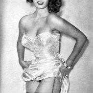 Sophia Loren lingerie
