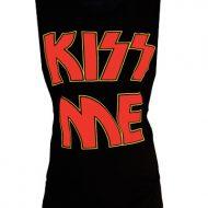 T shirt kiss me